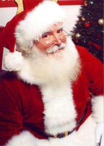 732px-Jonathan_G_Meath_portrays_Santa_Claus