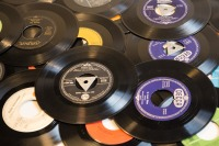 records-614061_960_720