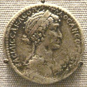 Cleopatra_VII_tetradrachm_Syria_mint